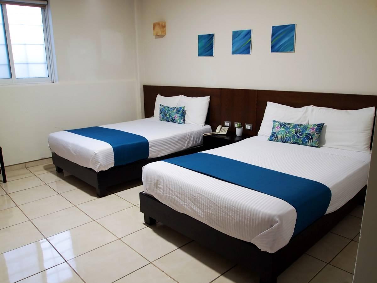 Pabela Hotel English